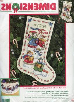 1999 Dimensions Snow Carolers Stocking Counted Cross Stitch