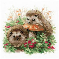 """Hedgehogs In Lingonberries Counted Cross Stitch Kit 9.75""""X9."""