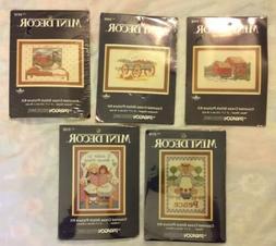 "Lot Of 5 Mini Decor 5""x7"" Counted Cross Stitch Picture Kits"