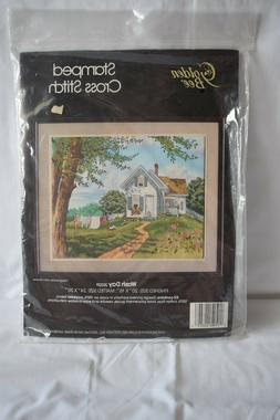 GOLDEN BEE STAMPED CROSS STITCH KIT WASH DAY NEW