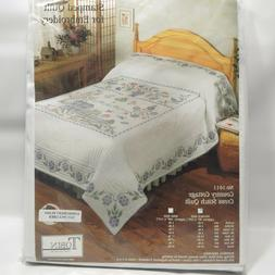 Tobin Stamped Quilt for Embroidery Cross Stitch Country Cott